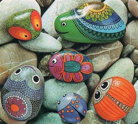 Painted Rocks For Garden Painted Rocks For Artistic Yard And Garden Designs 40 Rockpaint