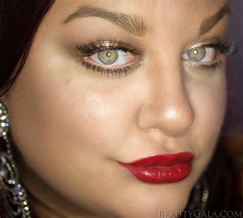 tutorial makeup revlon holiday makeup look tutorial featuring revlon s photoready