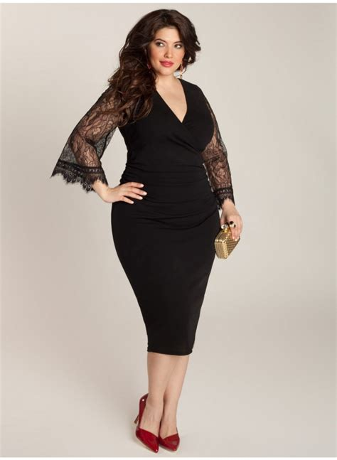 trendy plus size dresses with sleeves style