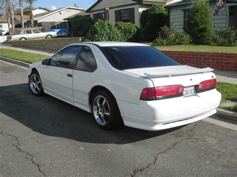 1992 Ford Thunderbird by 1992 Ford Thunderbird Photos Informations Articles