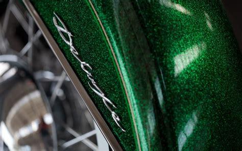 Rak Serbaguna Green Steel Colour lucky green flake on a heritage softail harleyxchange harleydirtcheap harley48
