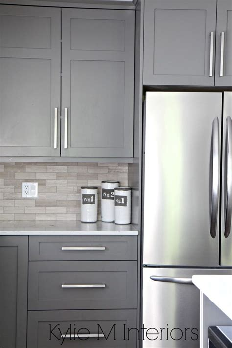 grey painted kitchen cabinets best 25 gray kitchen cabinets ideas on pinterest