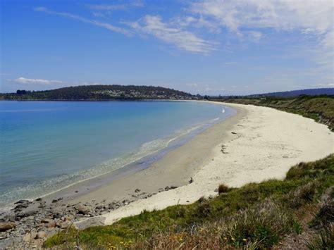 Separate Bath And Shower the beach escape primrose sands in primrose sands tas