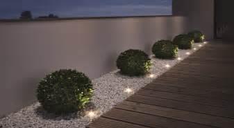 luces de jardin iluminar el jard 237 n con luz ambiental