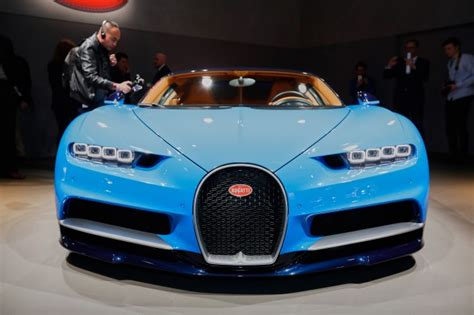 what car beat the bugatti veyron bugatti looking to beat its own top speed record with new