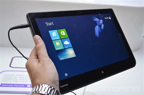 toshiba satellite click w30t w30dt on review laptoping
