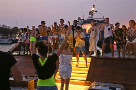 boat party bali dragoon130 bali boat party events the bali bible