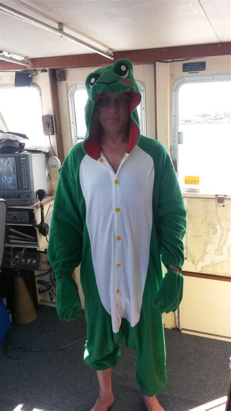seattle fun boat captain jerry wearing a froggy suit yelp