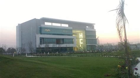 In Hcl Noida For Mba Marketing by Hcl Technologies Beautiful Ca Hcl Technologies Office