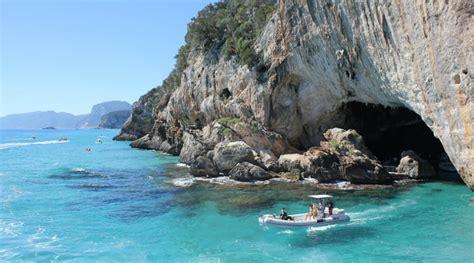 sardegna vacanza vacanze in sardegna le spiagge pi 249 per l estate