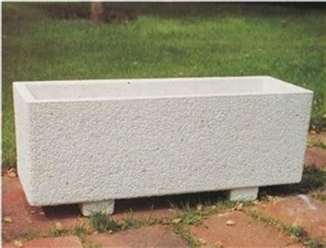 vasi in cemento da giardino fioriere cemento fioriere fioriere cemento vasi fioriere