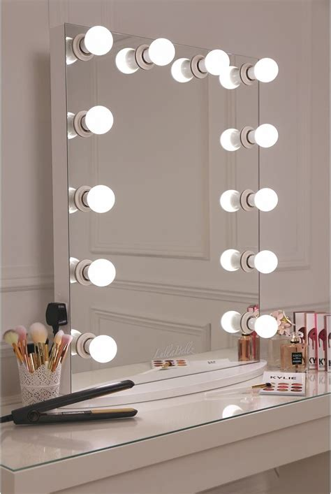 best light bulbs for vanity mirror best 25 mirror with lights ideas on diy