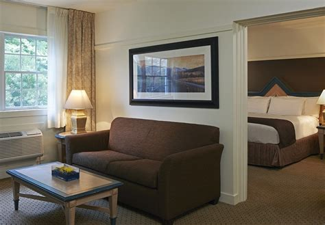 Foxwoods Rooms by Pin By Foxwoods Resort Casino On Royal Accomodations