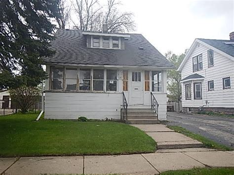 houses for sale in kenosha wi 5034 33rd ave kenosha wisconsin 53144 reo home details foreclosure homes free