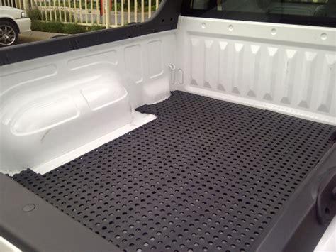 Plastige interlocking floor tiles applications