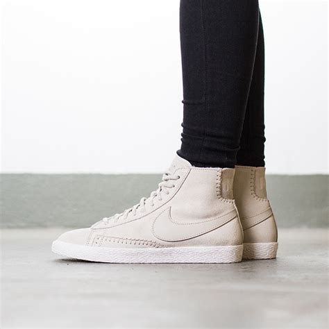 s shoes sneakers nike blazer mid premium quot sherpa pack quot birch 403729 200 best shoes