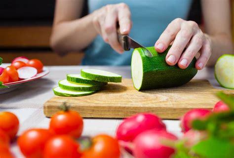 kochen zu hause 7 einfache regeln f 252 r eine gesunde ern 228 hrung brigitte de