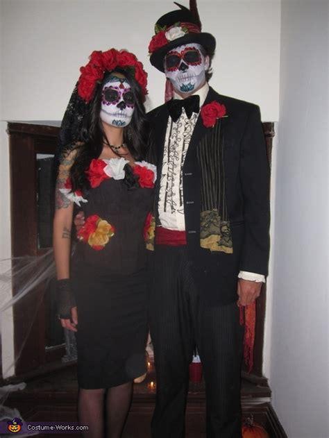 de los muertos costumes photo