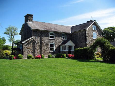 Farm Home by Bed Breakfast Welshpool Wales Gwaenynog Farmhouse Bed