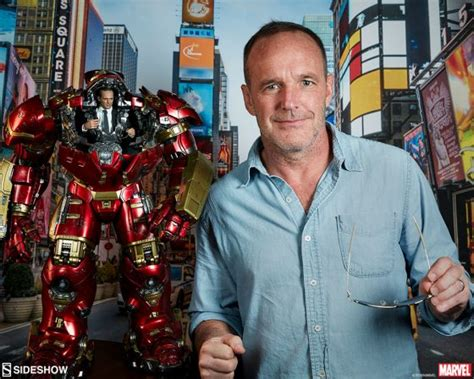 titus welliver hot toys clark gregg visits sideshow hq sideshow collectibles