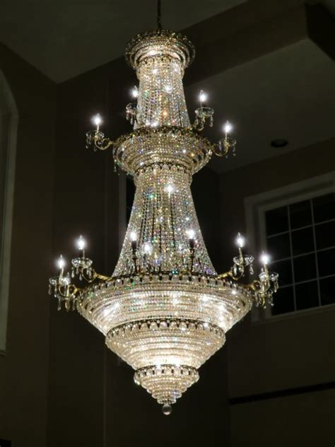 Cleaning Glass Chandeliers Cleaning Glass Chandeliers Glass Or Chandelier Cleaning West Vancouver Burnaby Chandelier