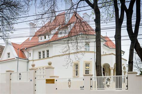 casa in banking casa albă de pe strada emil racoviţă noul sediu pentru bt
