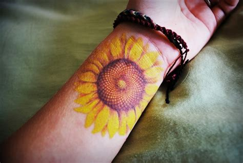sunflower tattoo wrist 18 amazing flowers wrist tattoos