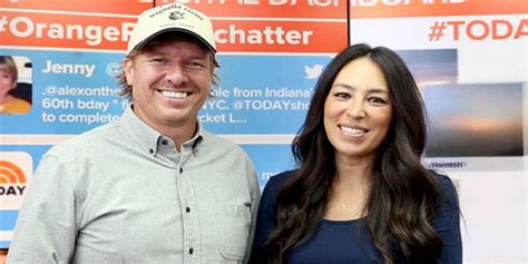 chip joanna gaines net worth chip and joanna gaines net chip and joanna gaines volunteer in houston to help rebuild after