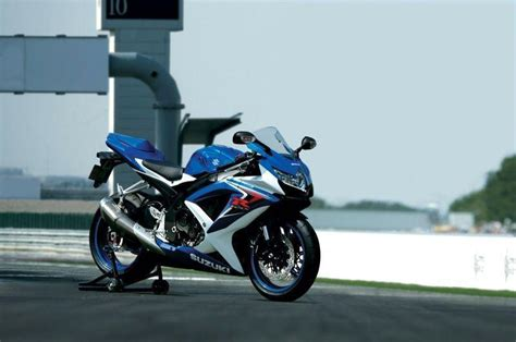 Suzuki Gsxr Wallpaper Suzuki Gsxr 1000 2016 Wallpapers Wallpaper Cave