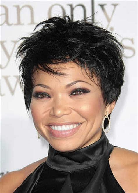 looking for a new short haircut for a 65 year old 10 black short hairstyles for round faces for 2017 hair