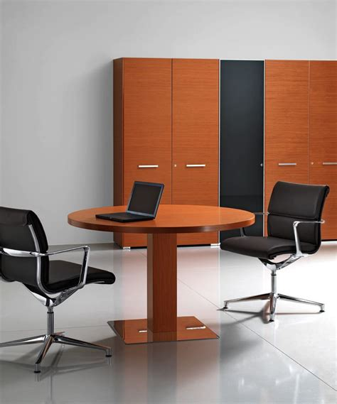 Small Office Meeting Table Small Office Meeting Table Hon Preside Small Office Traditional Conference Table Hon Preside