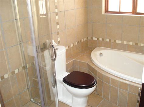 Corner Tub Bathroom Ideas by Bathroom Compact Corner Bathtub Ideas Photo Corner