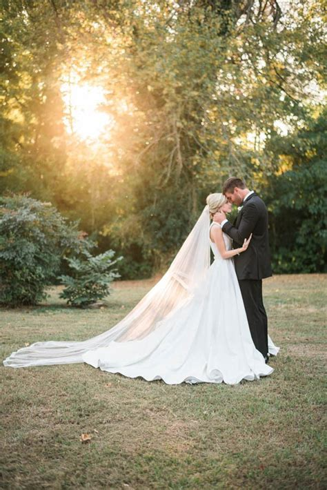 Wedding Dress Photography Ideas by Southern Plantation Wedding Inspiration At Magnolia Grove