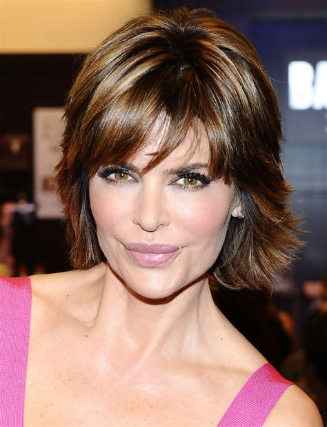 lisa rinna shaggy hairstyle lisa rinna and harry hamlin book signing zimbio