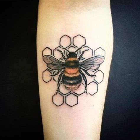 honeycomb tattoo designs 75 bee ideas honeycombs maze and designs