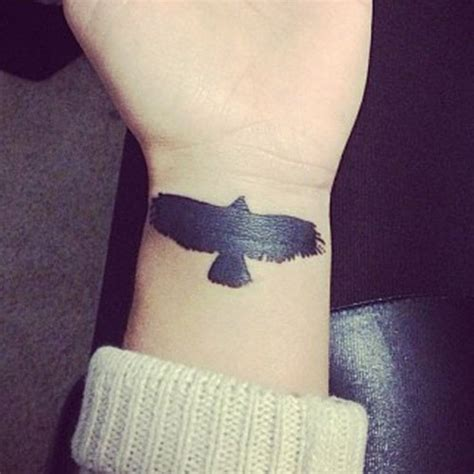bird tattoo on wrist meaning bird tattoo on wrist meaning