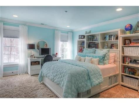 nice bedrooms for teens this tiffany blue bedroom is so beautiful with its large