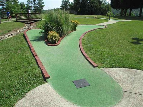 backyard miniature golf make backyard golf course outdoortheme com