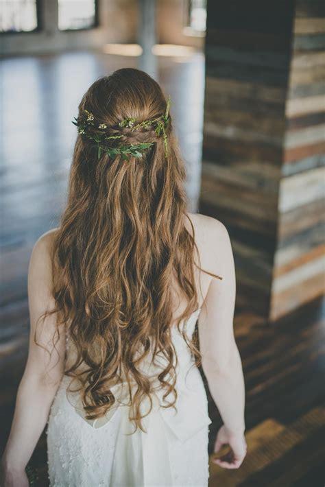 greenery in s hair goddess inspired bridal