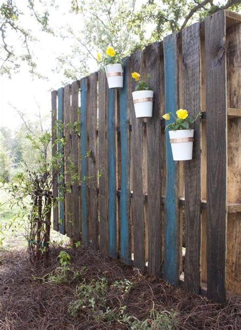 pallet garden wall pallet vertical garden do it yourself