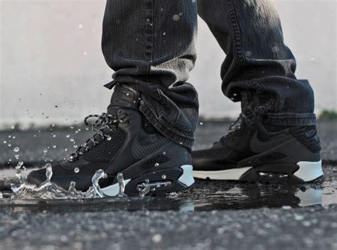 Sepatu Sneaker Nike Airmax Boot High Waterprof 1 nike air max 90 winterized sneakerboot quot black reflective quot sneakernews