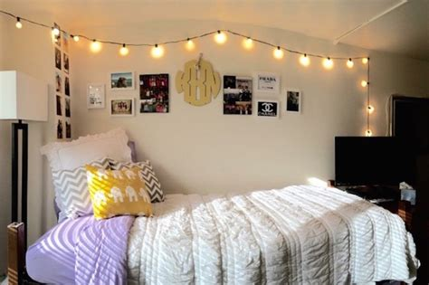 decorative lights for dorm room dorm room ideas steal the styles of these dreamy dorm rooms