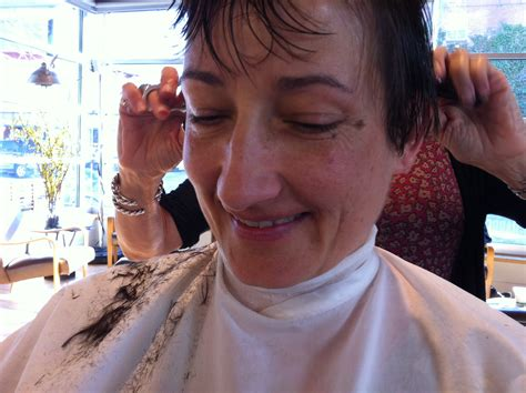 haircuts on women at barbershops beth s haircut 5 front fringe beth partin restore and