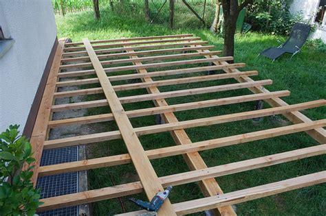 Wie Baut Eine Holzterrasse 2154 by Wie Baut Eine Terrasse Haloring