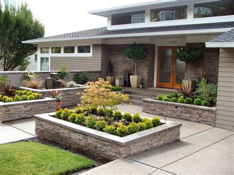 20 Brilliant Front Garden Landscaping Ideas Style Motivation Front Yard Garden Ideas