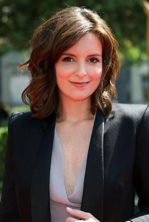 kayak commercial actress hairstyle garnier commercial hairstyle tina fey hair ad garnier