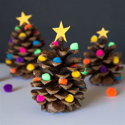 decorated pine cone christmas tree