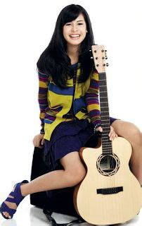 maudy ayunda biography wikipedia 1000 images about maudy ayunda on pinterest celebrity