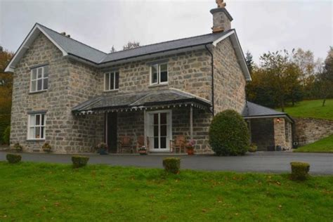 mid wales cottages to rent aga cottages