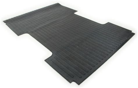 truck bed mats deezee heavyweight custom fit truck bed mat for chevy gmc with 8 bed deezee truck